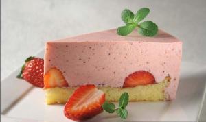 Voćna torta s jogurtom